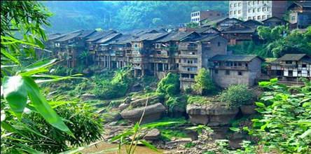 赤水大瀑布、佛光岩、四洞沟、燕子岩、中国侏